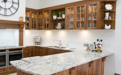 Traditional kitchen in beverly (1)