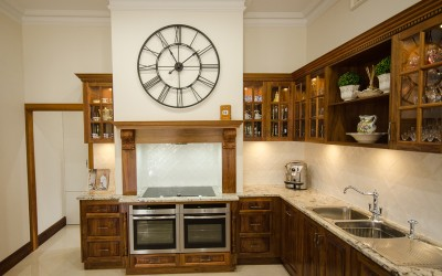 Traditional kitchen in beverly (6)