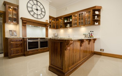 Traditional kitchen in beverly (7)