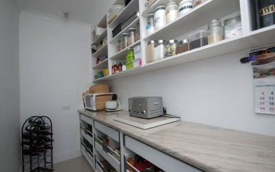 Pantry in Findon (2)
